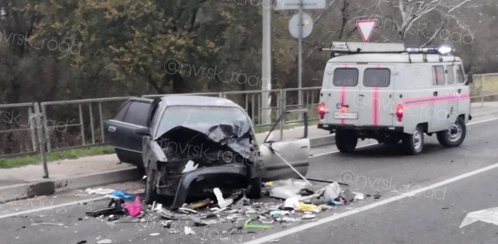 «Лоб в лоб» столкнулись автомобили под Новороссийском