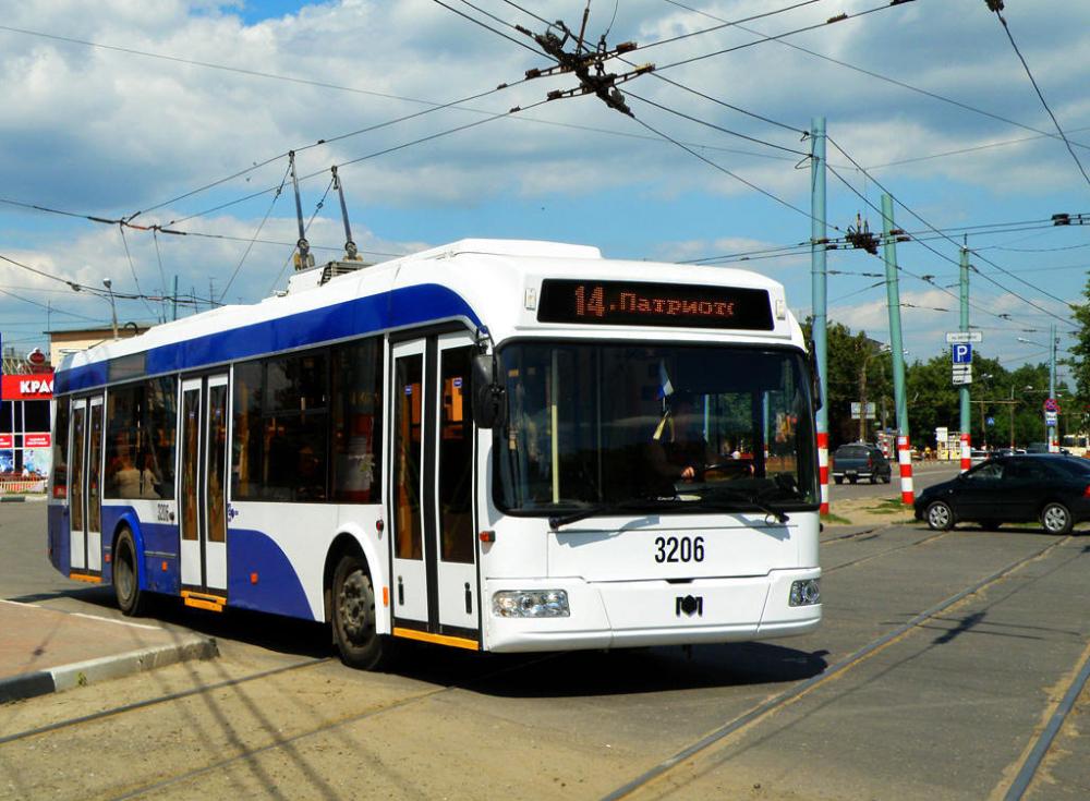 Из Москвы в Новороссийск доставят 26 троллейбусов
