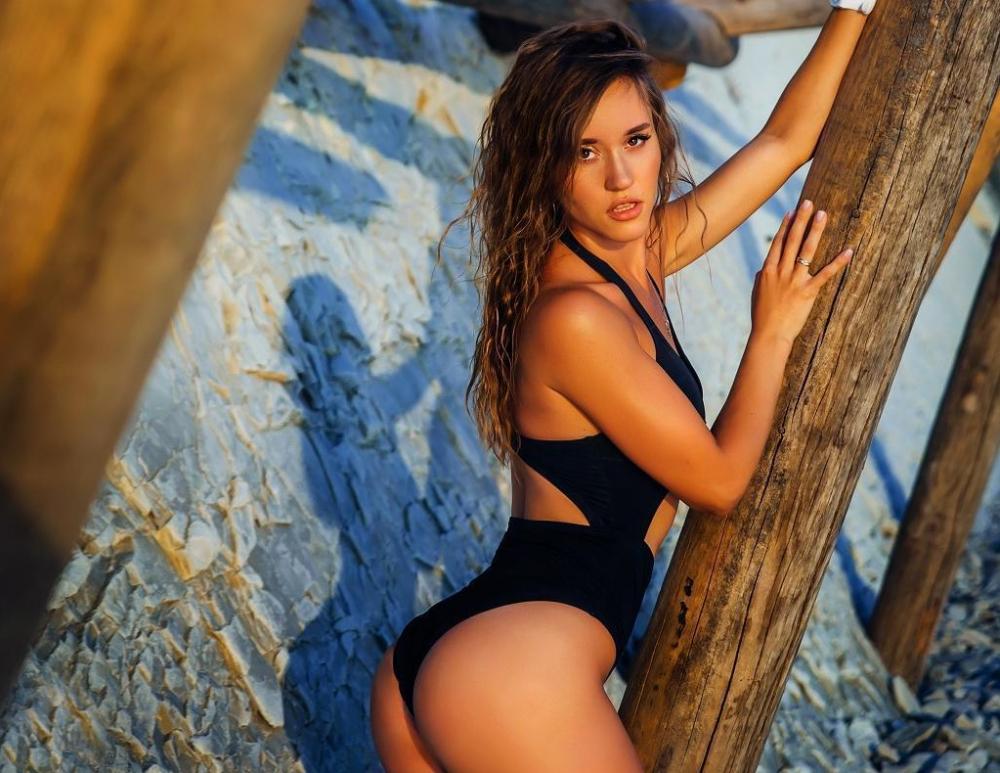 Анна Ужгина: спортивная и сексуальная
