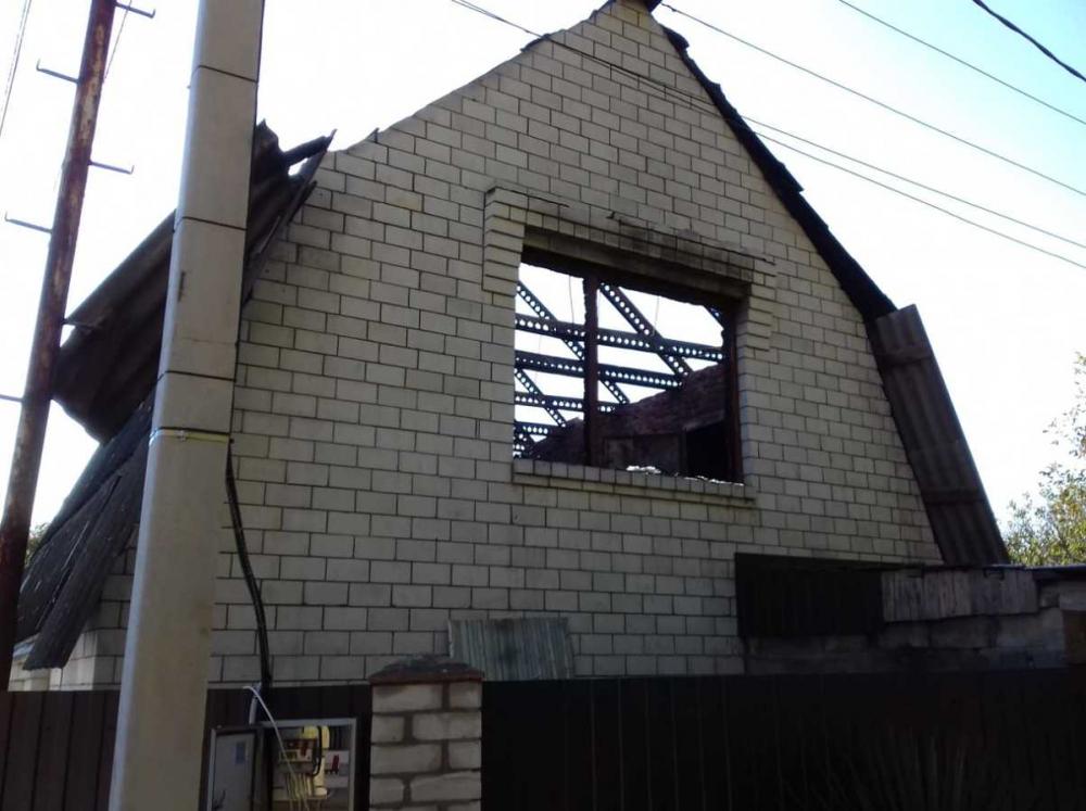 В Новороссийске бывший макаронный цех и частный дом пострадали в огне