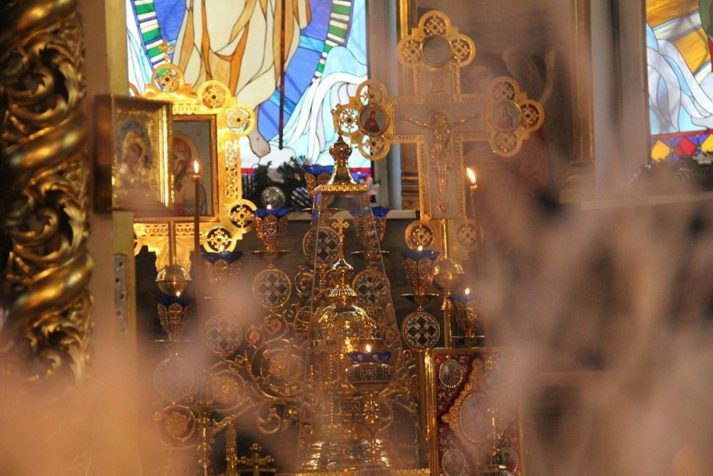Кара за содеянное настигла прихожанина, похитившего крест из церкви