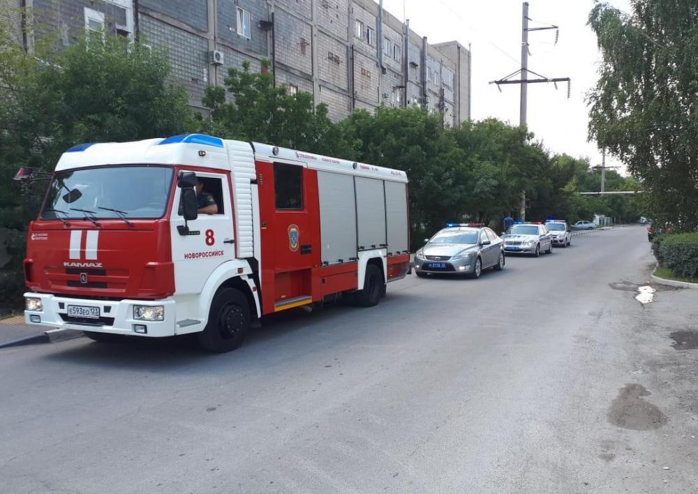 Не пропустили пожарных и поплатились деньгами водители Новороссийска