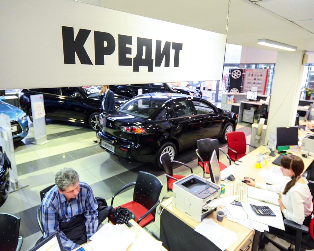 Новороссийск вошел в список городов, жители которых активно скупают новые авто