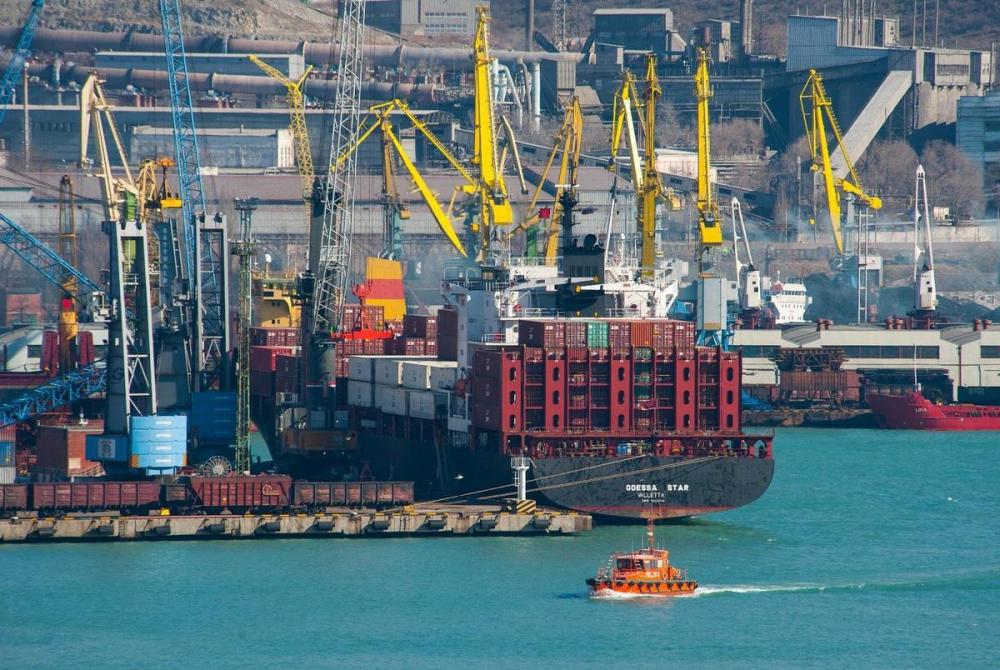 НМТП стал лидером среди морских портов России по грузообороту