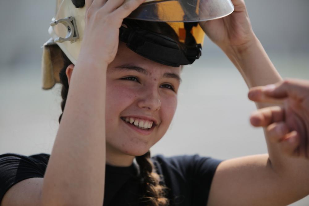 Новороссийские школьники поборолись за звание «Юный спасатель-2018»