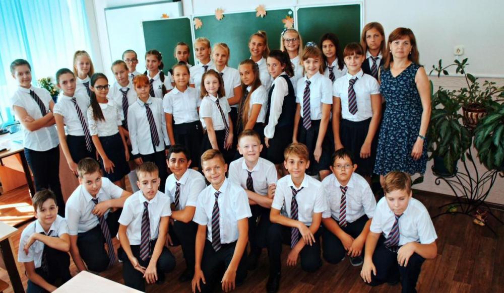 Ученики 6 «А» класса Гимназии №2 о любимом преподавателе