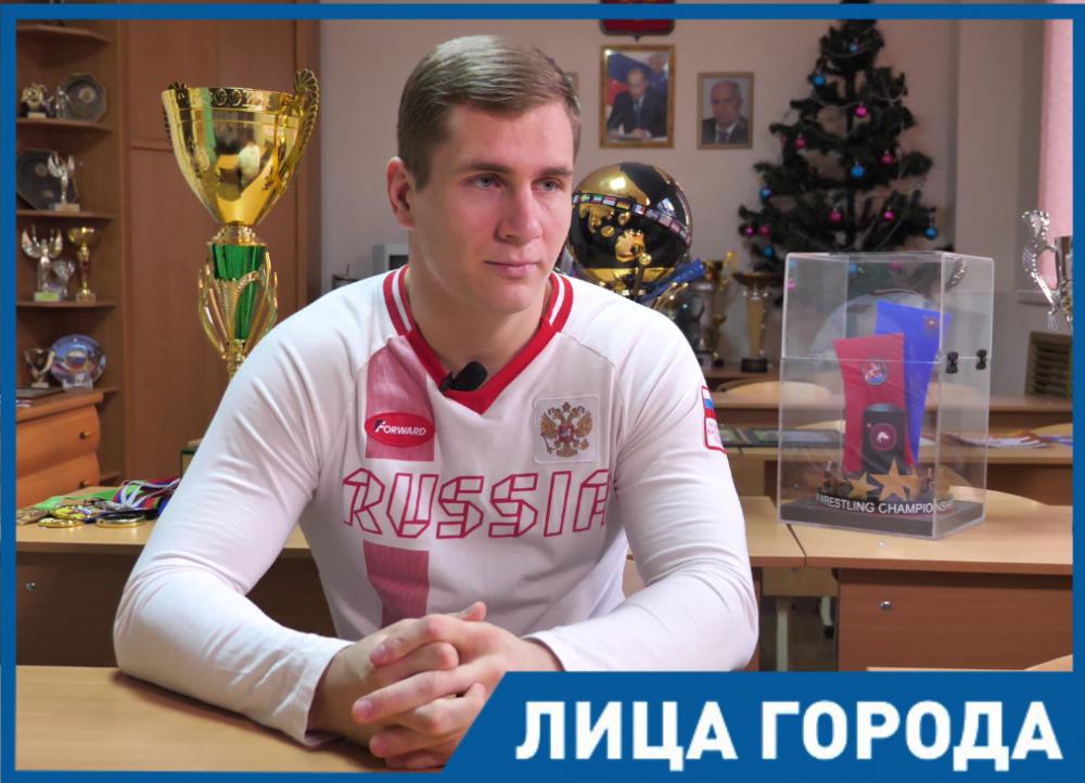 «Мама сказала - будешь борцом» - Александр Головин о том, как стал чемпионом мира