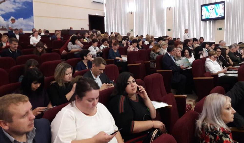 Новороссийские работники культуры получают самую низкую зарплату в крае