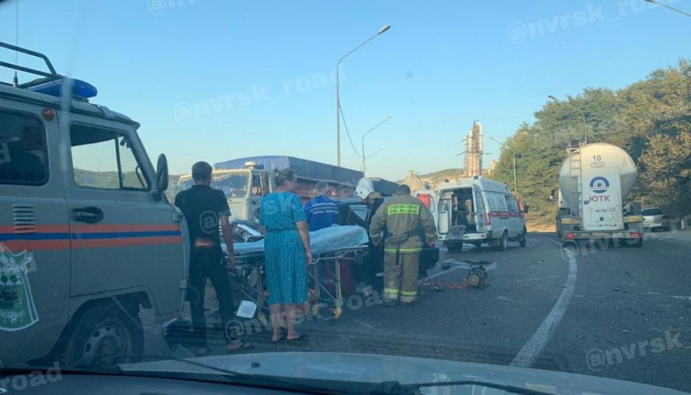 Женщина погибла в страшной аварии под Новороссийском
