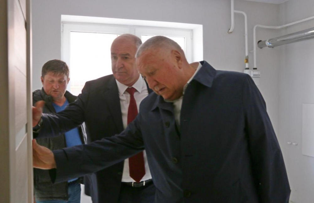 Владимир Синяговский проверил в Новороссийске все стройки, кроме брошенных КЖС домов