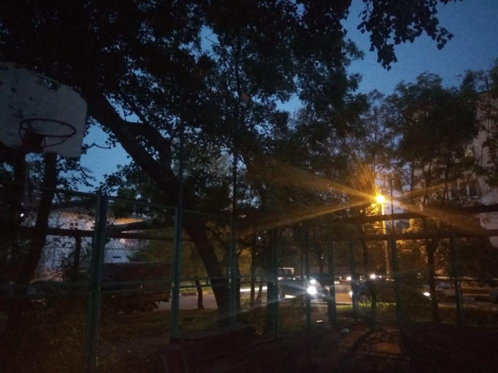 Площадку по мини футболу лишили освещения в Новороссийске
