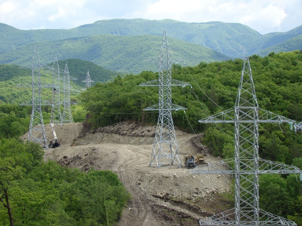 54 га трасс ЛЭП расчищено в юго-западном энергорайоне