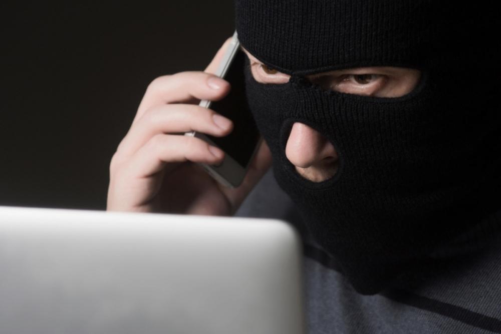 6 телефонов и 111 сим-карт: телефонного мошенника поймали в Новороссийске