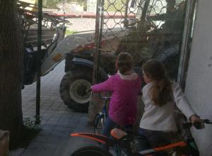 Строительство угрожает безопасности жилого дома в Новороссийске