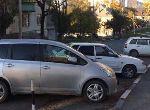 Оказывается, новороссийцев устраивает состояние дорог и количество парковок