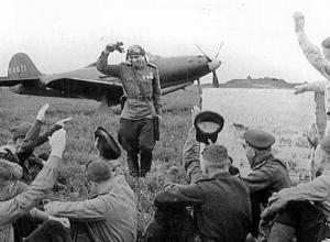 Новороссийск 75 лет назад: советская авиация перехватывает инициативу, итог боев 8:2