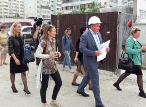 «Блокнот» проверил ход строительства школы в 13-м микрорайоне Новороссийска