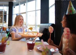 Пиццерия «Amici» исполняет детские мечты