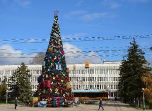 Прокуратура Новороссийска защитила поставщика новогодней елки за 6,7 млн рублей от лишних штрафов
