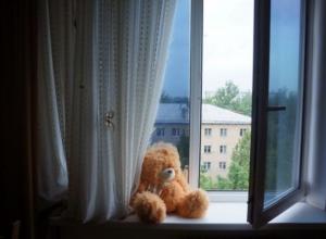 5-летняя девочка выпала из окна в Новороссийске