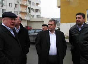 Кто стоит за Канаевым, директором новороссийского «КЖС»?