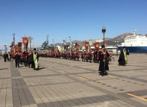 «Крестный ход» в Новороссийске собрал 7 тысяч человек