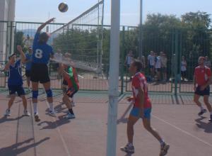Определились победители первенства и кубка по волейболу в Новороссийске