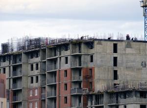 Четыре человека остановили сдачу многоквартирного дома «Суджук-Кале-1»
