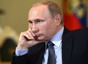 Путин поручил Новороссийскому порту перевести тарифы в рубли