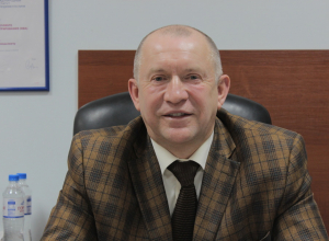 - У нас, русских, есть один общий недостаток - слабая договороспособность, - Игорь Жаринов, президент торгово-промышленной палаты Новороссийска