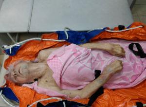 Новороссиец пожаловался, что врачи выкинули его 82-летнего отца ночью  на улицу