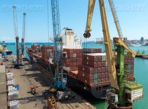 Новороссийский порт удерживает лидерство среди портов России по грузообороту