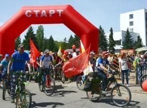 Велотуристы из Новороссийска добрались сегодня до Ставрополья
