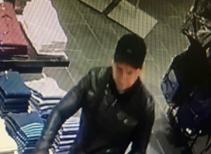 Мужчина обокрал магазин одежды в одном из торговых центров Новороссийска