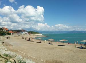Новороссийцы обнаружили опасную мину на пляже