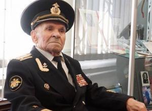 100-летний юбилей празднует Виталий Лесик