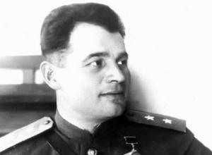 Кто такой Черняховский и откуда в Новороссийске улица его имени