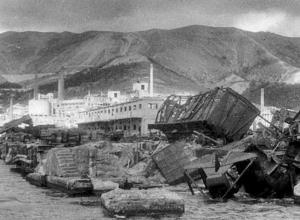 Новороссийск 75 лет назад: вражеская авиация сосредоточилась на самом уязвимом участке