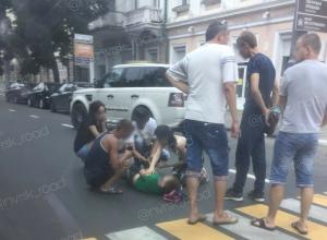 На пешеходном переходе девушка сбила юного новороссийца