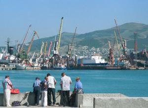 Закон должен заставить Новороссийский порт перейти на рубли