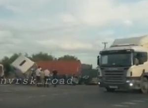 Насмерть раздавили людей грузовики  недалеко от Новороссийска