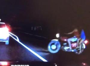 Видео смертельного ДТП мотоцикла и КамАЗа под Новороссийском попало в сеть