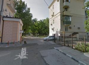 «Блатная парковка» на святом месте возмутила новороссийца