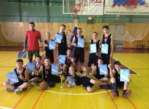 Новороссийские школьники одержали победу на Краевых соревнованиях по баскетболу