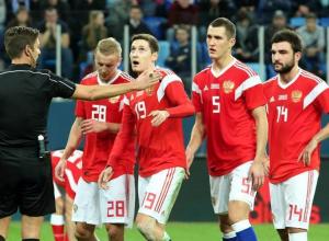 Раз в году и вилы стреляют: эксперты из Новороссийска о футболе