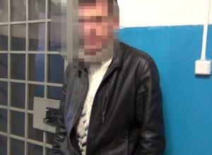 В Новороссийске  мужчина ограбил своего соседа на  1,8 миллионов рублей