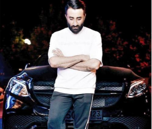 «Выглядите так, как вам самим по кайфу», - модный и эпатажный Арам Варданян
