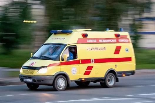 Скорые, реанимация и пожарные съехались в Восточный район Новороссийска