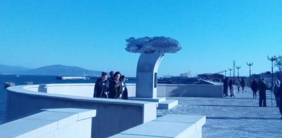 Памятник Хамсе вернули в Новороссийске