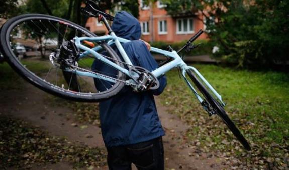 Полиция помещала новороссийцу продать велосипед и выпить